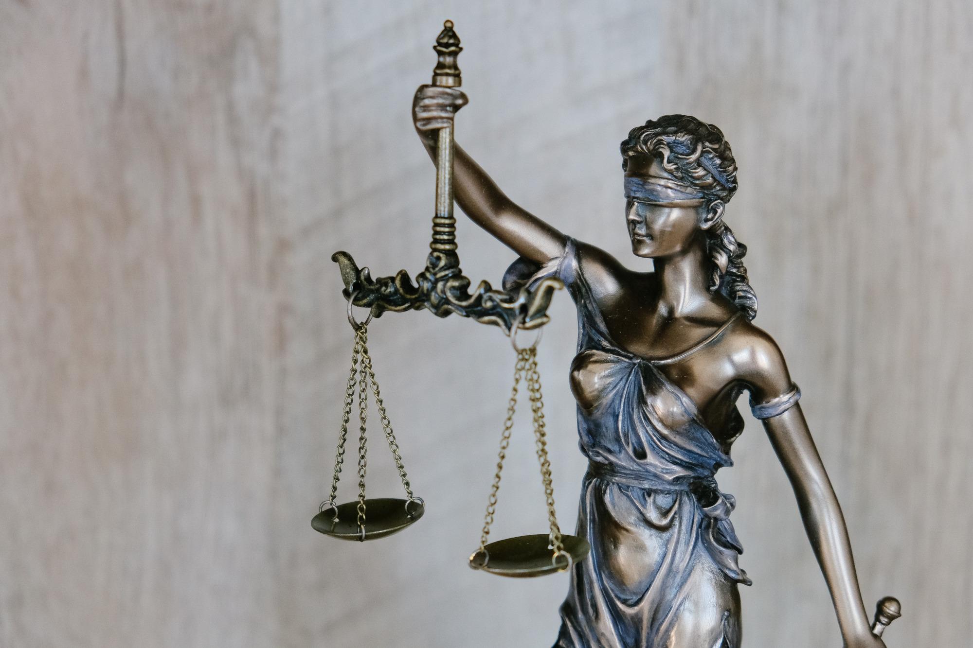 tingey-injury-law-firm-dzpc4uy8zty-unsplash.jpg